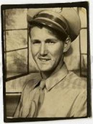 Bob Sullivan in 1944 (photo: Sullivan family collection)