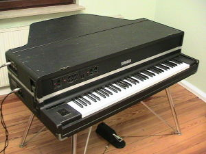 A Yamaha CP-70 electric baby grand piano, similar to the one St. Martin played with the Creole Liberation Front (photo: Michael Müller-Hillebrand)
